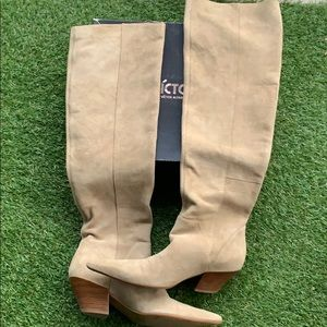 Nine West knee-high suede tan boots